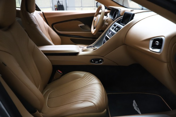 Used 2017 Aston Martin DB11 for sale $155,900 at Maserati of Greenwich in Greenwich CT 06830 19