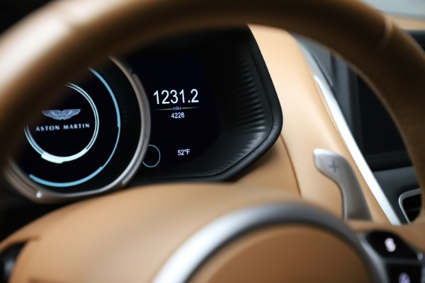 Used 2017 Aston Martin DB11 for sale $155,900 at Maserati of Greenwich in Greenwich CT 06830 25
