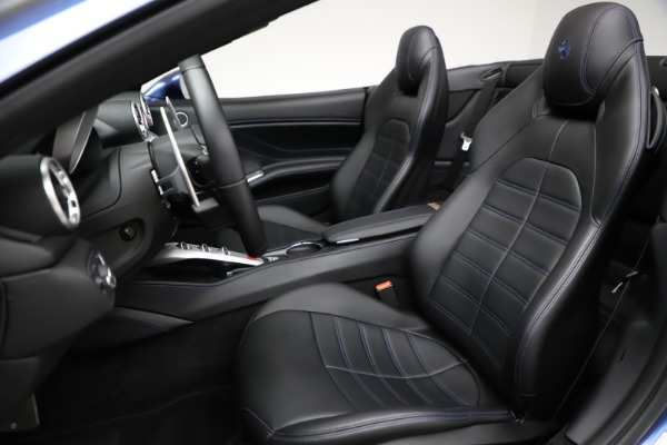 Used 2018 Ferrari California T for sale $185,900 at Maserati of Greenwich in Greenwich CT 06830 19
