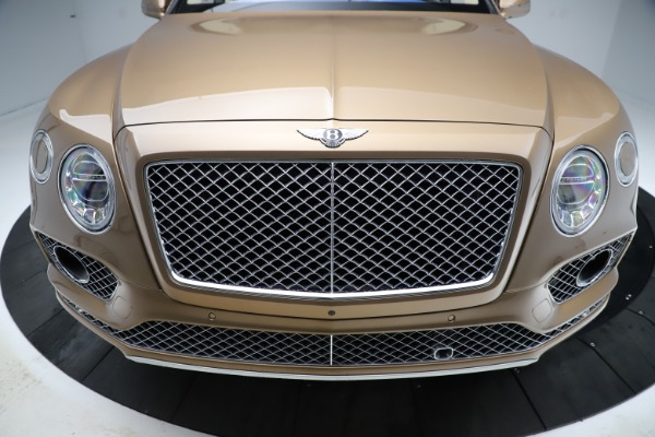 Used 2017 Bentley Bentayga W12 for sale Sold at Maserati of Greenwich in Greenwich CT 06830 13