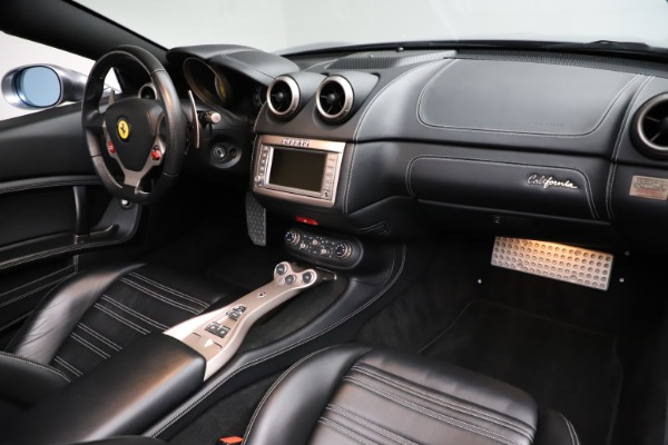 Used 2013 Ferrari California 30 for sale $103,900 at Maserati of Greenwich in Greenwich CT 06830 24