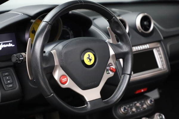 Used 2013 Ferrari California 30 for sale $103,900 at Maserati of Greenwich in Greenwich CT 06830 27