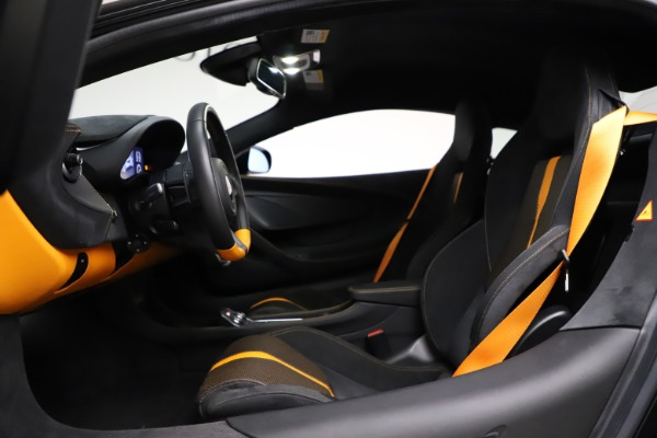 Used 2019 McLaren 570S for sale $177,900 at Maserati of Greenwich in Greenwich CT 06830 17