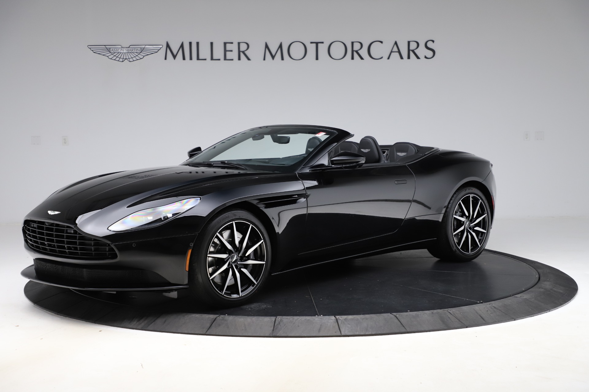 New 2021 Aston Martin DB11 Volante Convertible for sale $254,416 at Maserati of Greenwich in Greenwich CT 06830 1