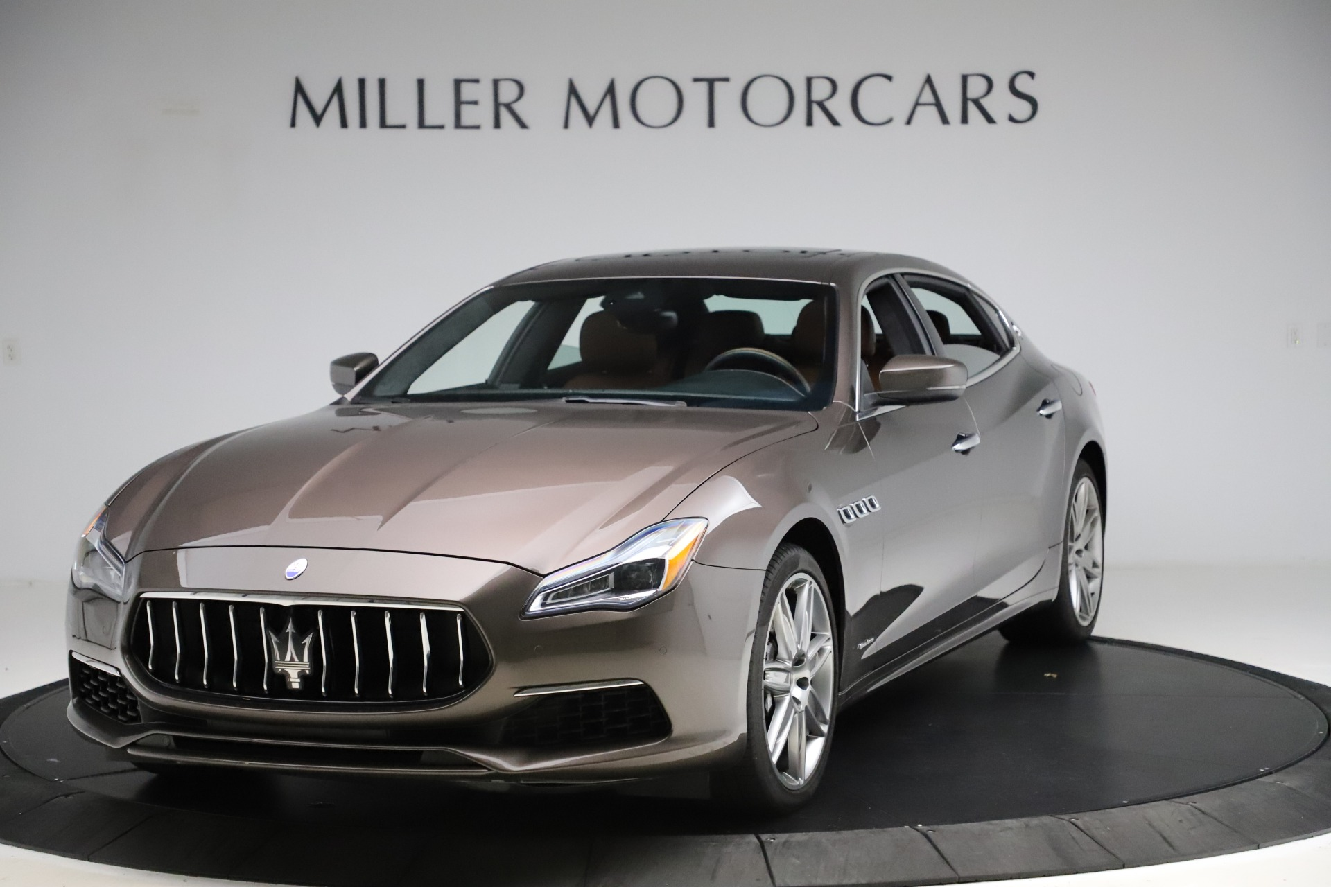 Used 2018 Maserati Quattroporte S Q4 GranLusso for sale $69,900 at Maserati of Greenwich in Greenwich CT 06830 1