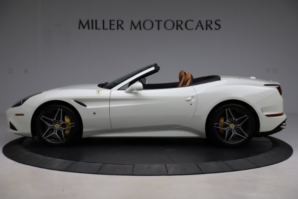 Used 2018 Ferrari California T for sale $169,900 at Maserati of Greenwich in Greenwich CT 06830 3