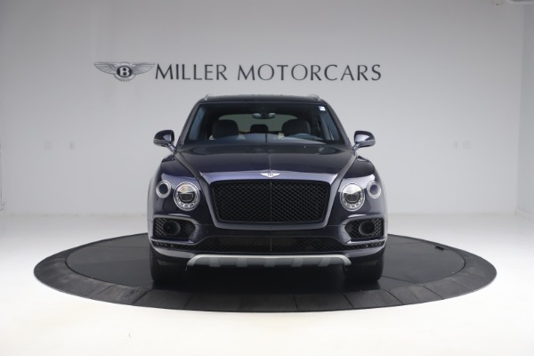 Used 2018 Bentley Bentayga W12 Signature Edition for sale $149,900 at Maserati of Greenwich in Greenwich CT 06830 12