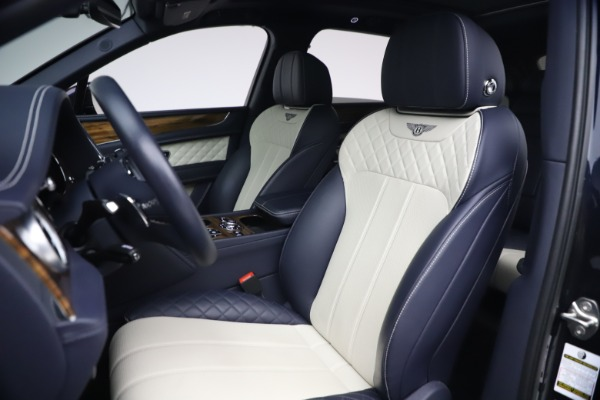 Used 2018 Bentley Bentayga W12 Signature Edition for sale $149,900 at Maserati of Greenwich in Greenwich CT 06830 19