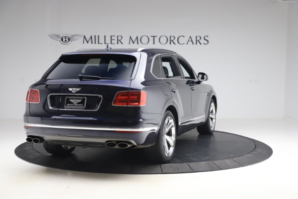 Used 2018 Bentley Bentayga W12 Signature Edition for sale $149,900 at Maserati of Greenwich in Greenwich CT 06830 7