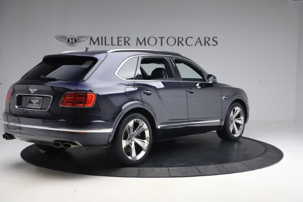 Used 2018 Bentley Bentayga W12 Signature Edition for sale $149,900 at Maserati of Greenwich in Greenwich CT 06830 8