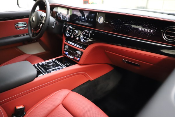 New 2021 Rolls-Royce Ghost for sale $390,400 at Maserati of Greenwich in Greenwich CT 06830 17