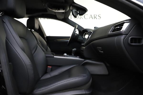Used 2017 Maserati Ghibli S Q4 for sale $41,900 at Maserati of Greenwich in Greenwich CT 06830 23