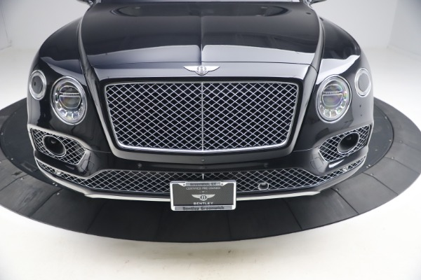 Used 2017 Bentley Bentayga W12 for sale $126,900 at Maserati of Greenwich in Greenwich CT 06830 14