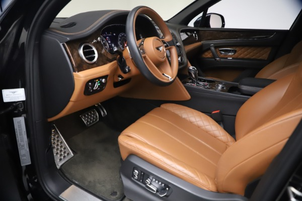 Used 2017 Bentley Bentayga W12 for sale $126,900 at Maserati of Greenwich in Greenwich CT 06830 18