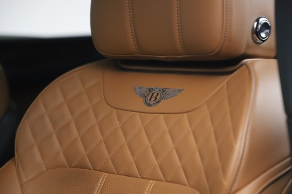 Used 2017 Bentley Bentayga W12 for sale $126,900 at Maserati of Greenwich in Greenwich CT 06830 21