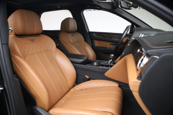 Used 2017 Bentley Bentayga W12 for sale $126,900 at Maserati of Greenwich in Greenwich CT 06830 28