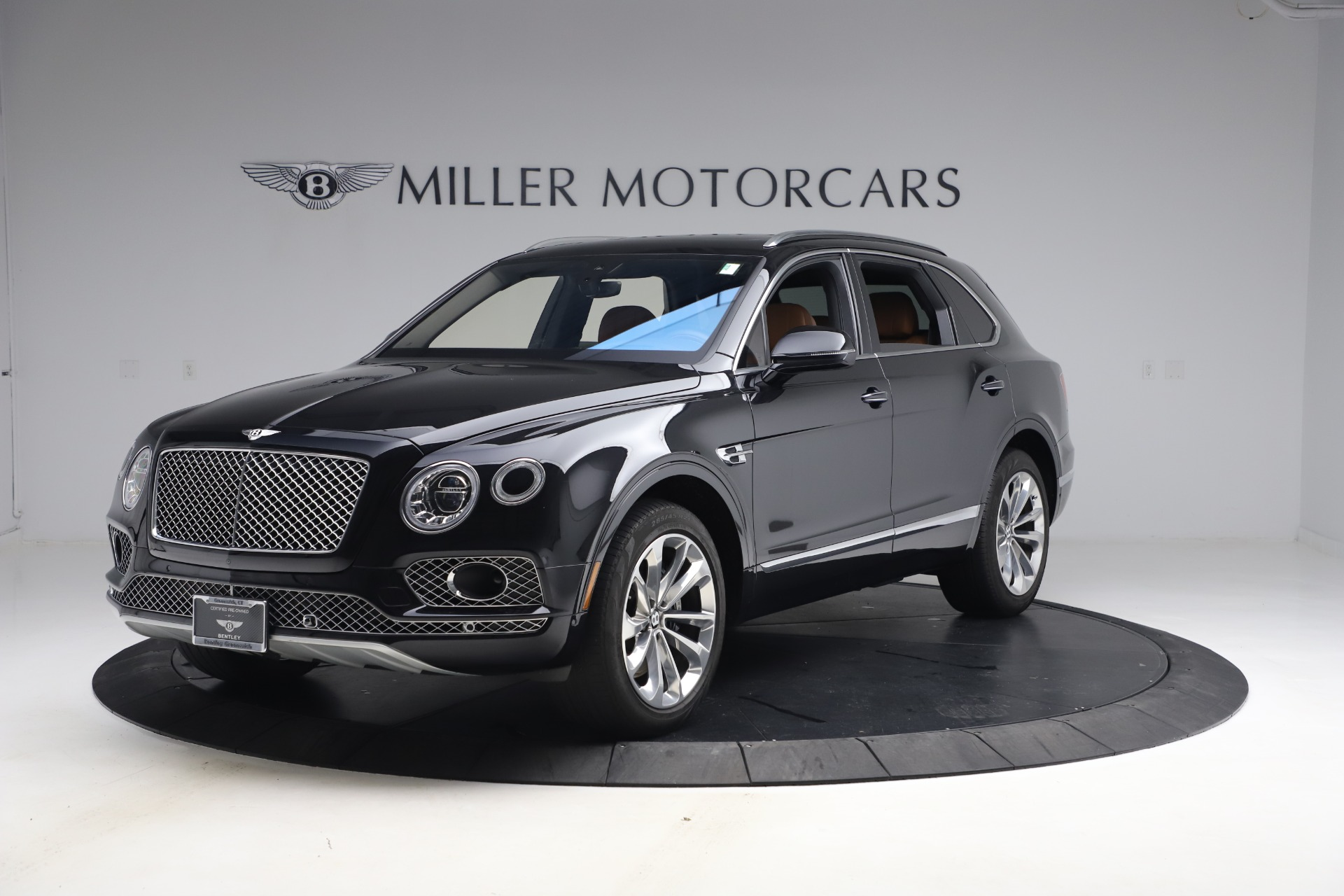 Used 2017 Bentley Bentayga W12 for sale $126,900 at Maserati of Greenwich in Greenwich CT 06830 1