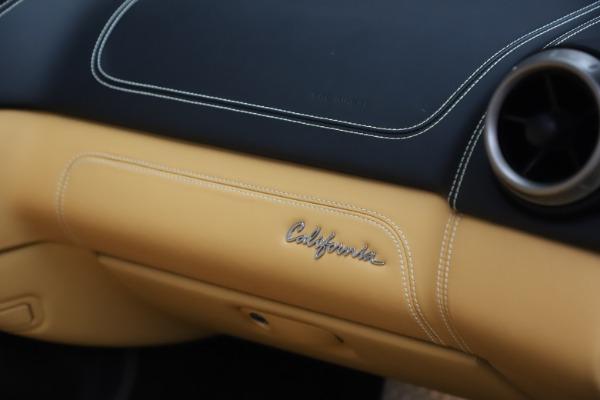 Used 2014 Ferrari California 30 for sale Sold at Maserati of Greenwich in Greenwich CT 06830 28