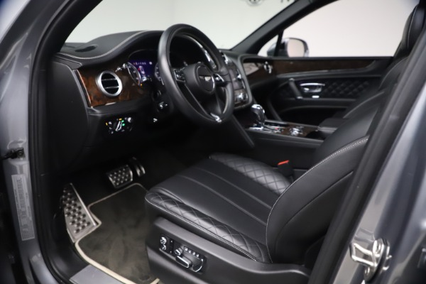 Used 2018 Bentley Bentayga W12 Signature for sale $154,900 at Maserati of Greenwich in Greenwich CT 06830 18