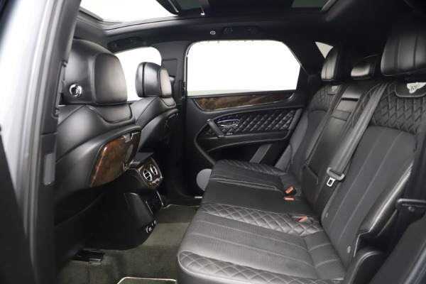 Used 2018 Bentley Bentayga W12 Signature for sale $154,900 at Maserati of Greenwich in Greenwich CT 06830 23