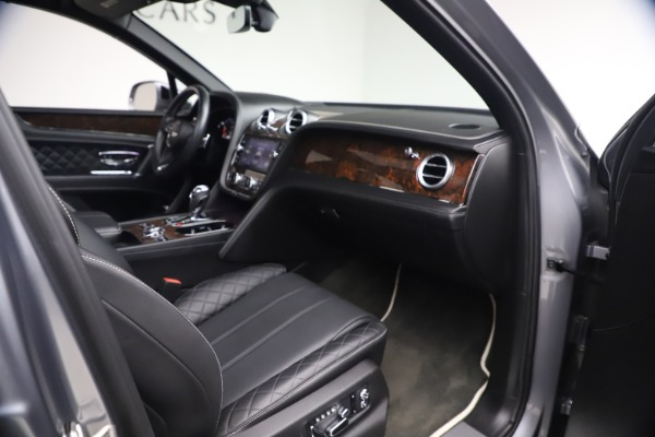 Used 2018 Bentley Bentayga W12 Signature for sale $154,900 at Maserati of Greenwich in Greenwich CT 06830 26