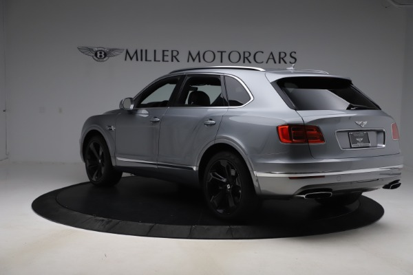 Used 2018 Bentley Bentayga W12 Signature for sale $154,900 at Maserati of Greenwich in Greenwich CT 06830 5