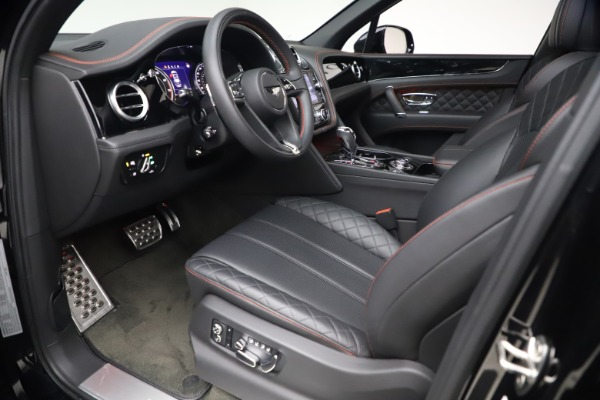 Used 2018 Bentley Bentayga Black Edition for sale $169,900 at Maserati of Greenwich in Greenwich CT 06830 17
