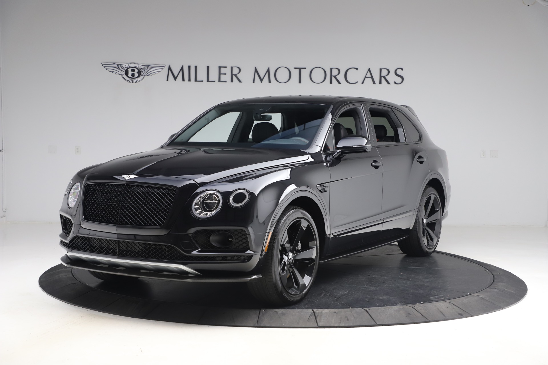 Used 2018 Bentley Bentayga Black Edition for sale $169,900 at Maserati of Greenwich in Greenwich CT 06830 1