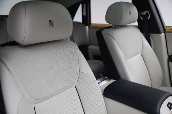 Used 2018 Rolls-Royce Ghost for sale $249,900 at Maserati of Greenwich in Greenwich CT 06830 15
