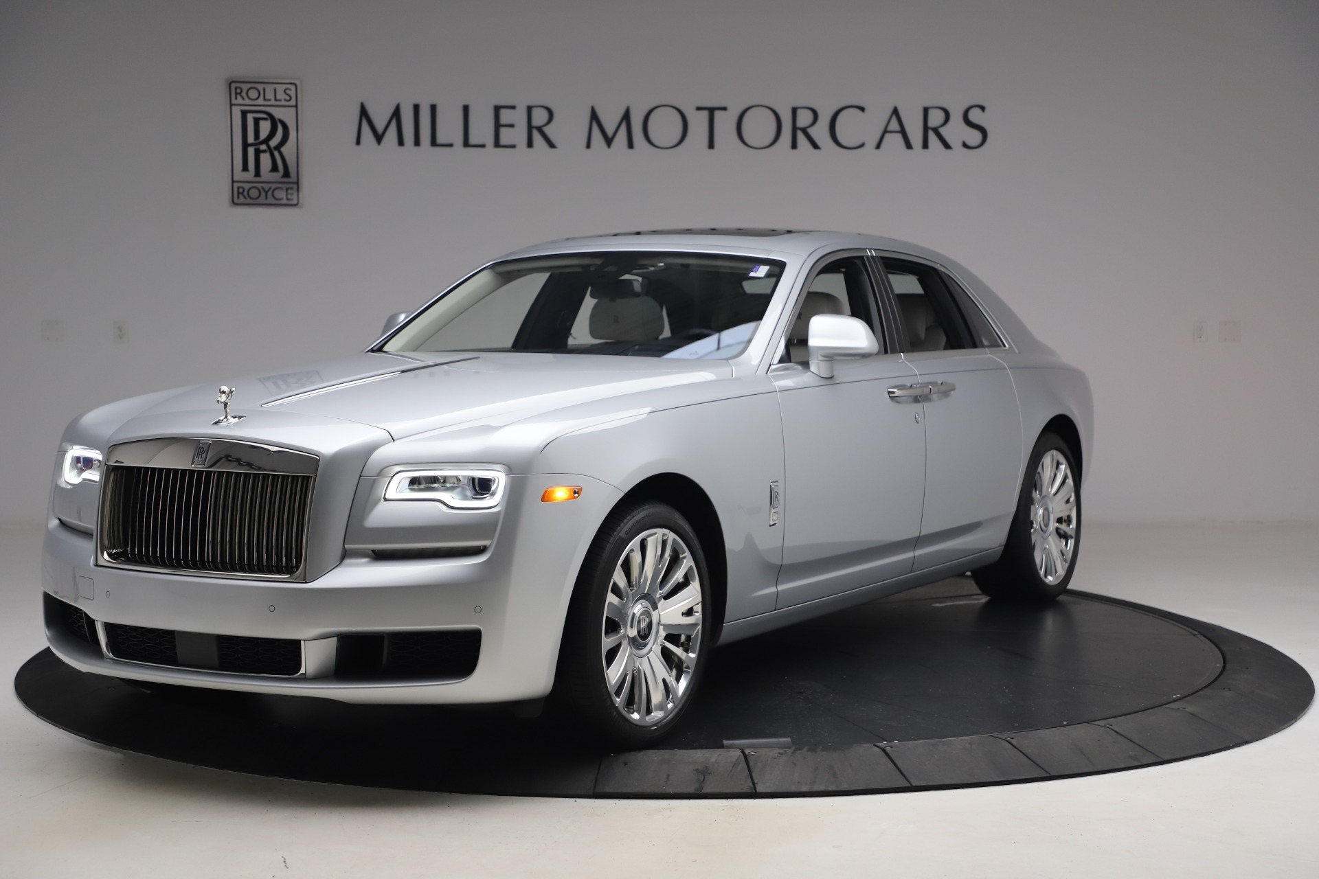 Used 2018 Rolls-Royce Ghost for sale $249,900 at Maserati of Greenwich in Greenwich CT 06830 1
