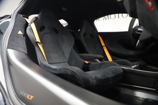 Used 2019 McLaren 600LT Coupe for sale $229,900 at Maserati of Greenwich in Greenwich CT 06830 19