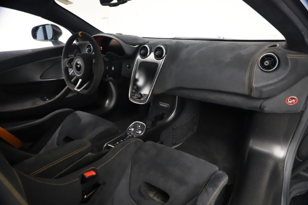 Used 2019 McLaren 600LT Coupe for sale $229,900 at Maserati of Greenwich in Greenwich CT 06830 20