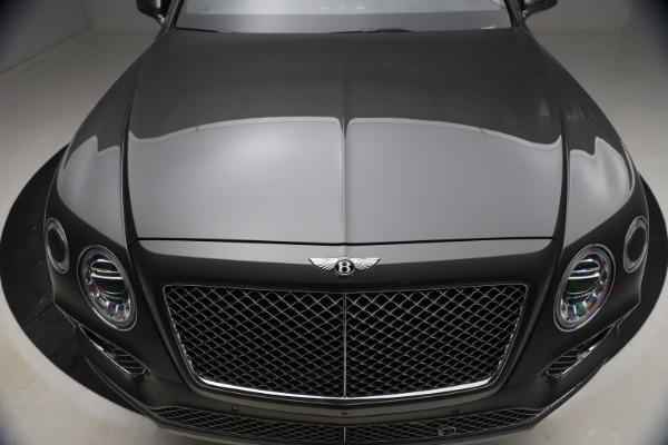 Used 2018 Bentley Bentayga W12 for sale $156,900 at Maserati of Greenwich in Greenwich CT 06830 15