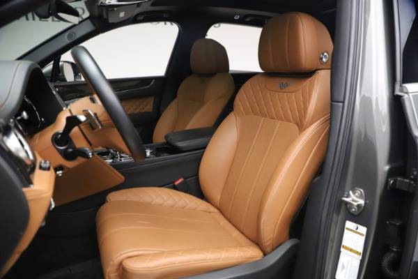 Used 2018 Bentley Bentayga W12 for sale $156,900 at Maserati of Greenwich in Greenwich CT 06830 21