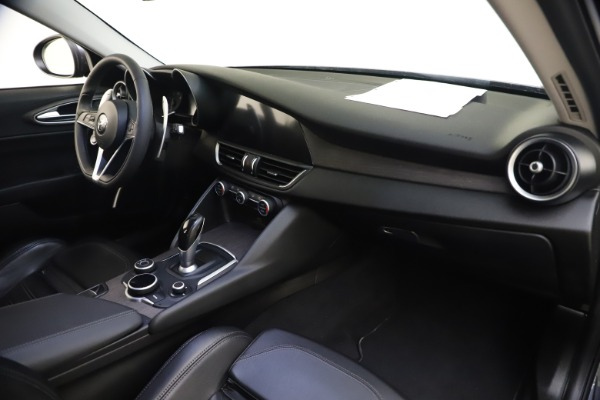 Used 2017 Alfa Romeo Giulia Ti Sport for sale $26,900 at Maserati of Greenwich in Greenwich CT 06830 27