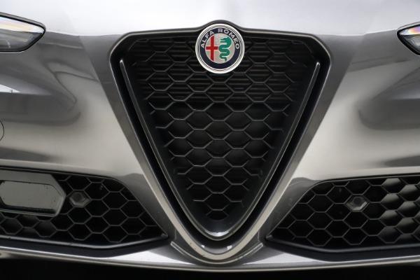 New 2021 Alfa Romeo Giulia Q4 for sale $48,035 at Maserati of Greenwich in Greenwich CT 06830 13
