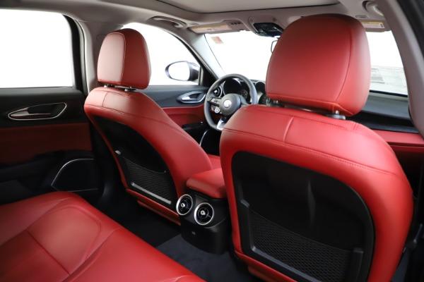 New 2021 Alfa Romeo Giulia Q4 for sale $48,035 at Maserati of Greenwich in Greenwich CT 06830 27