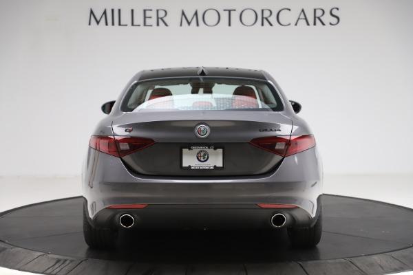 New 2021 Alfa Romeo Giulia Q4 for sale $48,035 at Maserati of Greenwich in Greenwich CT 06830 6