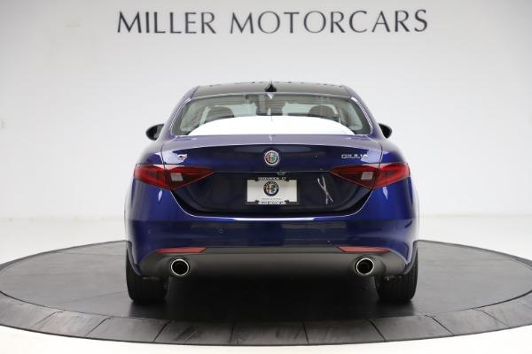 New 2021 Alfa Romeo Giulia Q4 for sale $46,800 at Maserati of Greenwich in Greenwich CT 06830 6