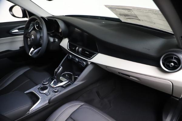 New 2021 Alfa Romeo Giulia Q4 for sale Call for price at Maserati of Greenwich in Greenwich CT 06830 22
