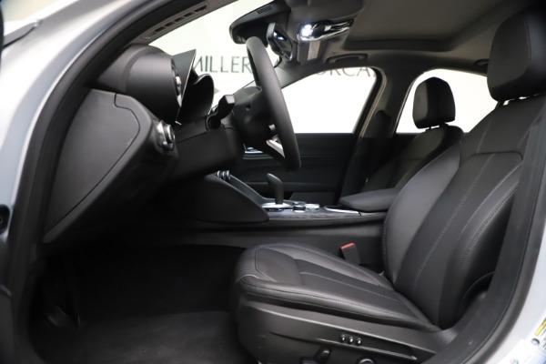 New 2021 Alfa Romeo Giulia Q4 for sale $46,490 at Maserati of Greenwich in Greenwich CT 06830 14