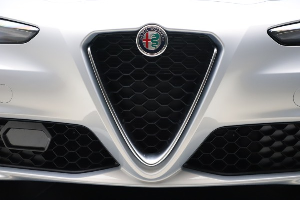 New 2021 Alfa Romeo Giulia Q4 for sale $46,490 at Maserati of Greenwich in Greenwich CT 06830 25