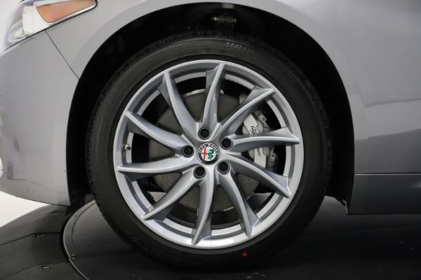 New 2021 Alfa Romeo Giulia Q4 for sale $47,085 at Maserati of Greenwich in Greenwich CT 06830 27