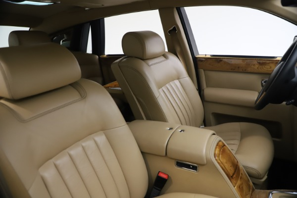Used 2006 Rolls-Royce Phantom for sale $109,900 at Maserati of Greenwich in Greenwich CT 06830 22