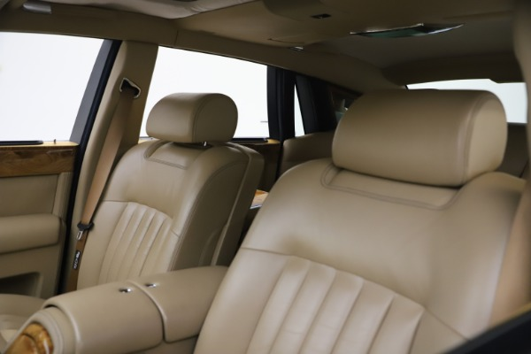 Used 2006 Rolls-Royce Phantom for sale $109,900 at Maserati of Greenwich in Greenwich CT 06830 23