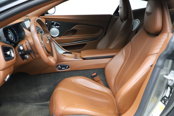 Used 2017 Aston Martin DB11 V12 Coupe for sale $134,900 at Maserati of Greenwich in Greenwich CT 06830 14