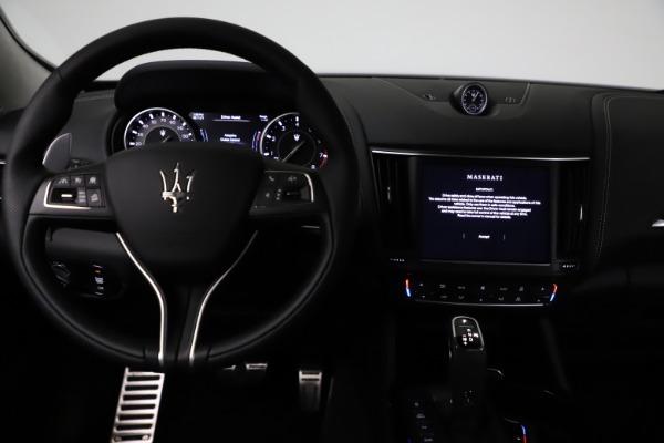 New 2021 Maserati Levante Q4 GranSport for sale $93,585 at Maserati of Greenwich in Greenwich CT 06830 16