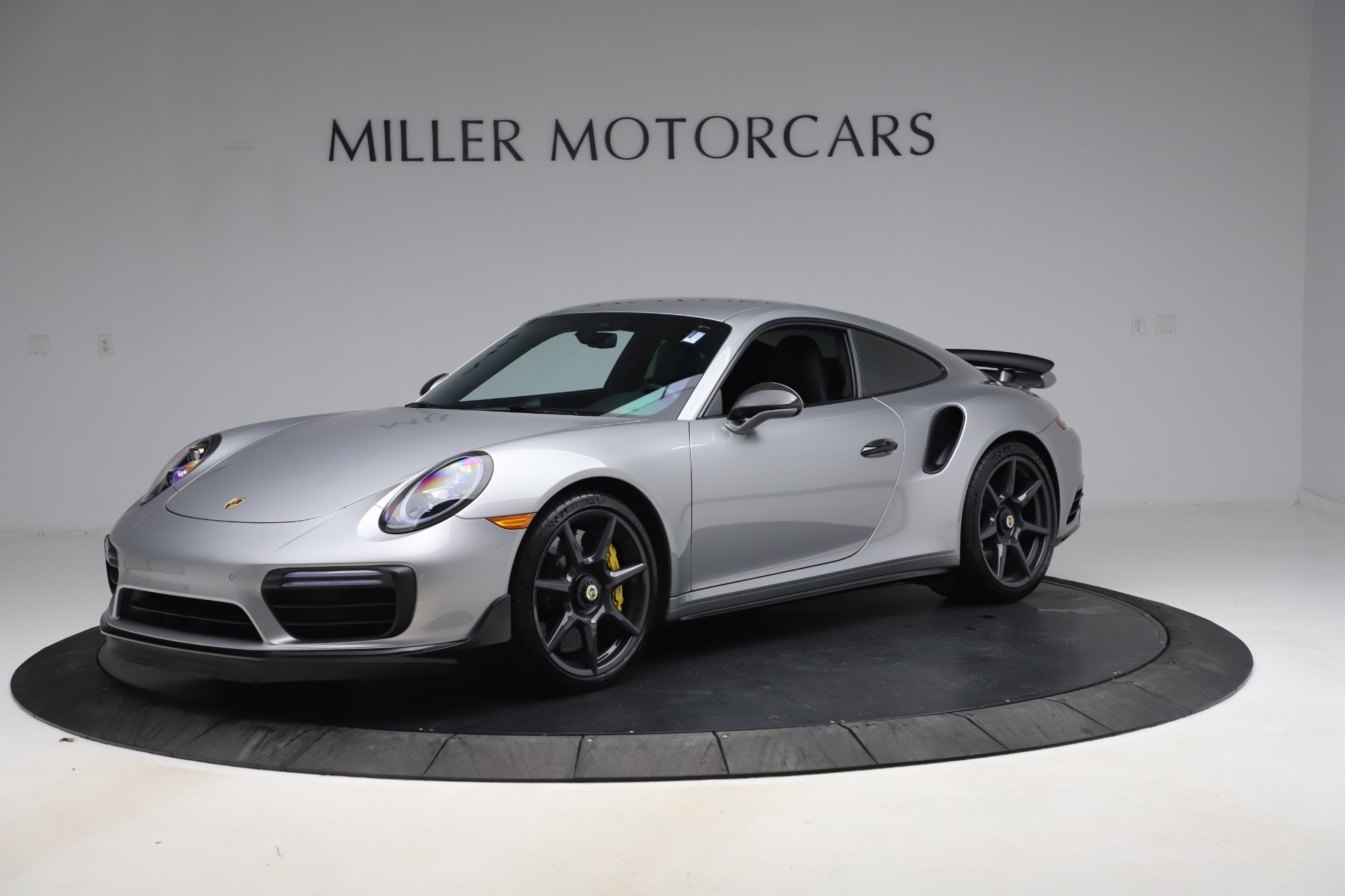 Used 2019 Porsche 911 Turbo S for sale $177,900 at Maserati of Greenwich in Greenwich CT 06830 1