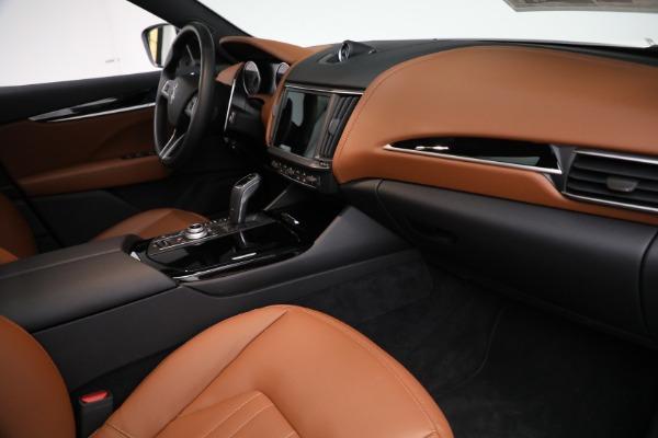 New 2021 Maserati Levante Q4 for sale $85,625 at Maserati of Greenwich in Greenwich CT 06830 22