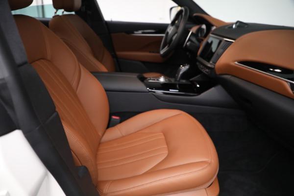 New 2021 Maserati Levante Q4 for sale $85,625 at Maserati of Greenwich in Greenwich CT 06830 23